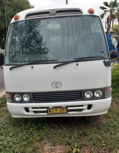 Toyota_van